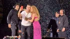 Shakira y su fan mexicano.