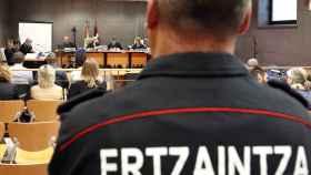 Juicio a seis agentes de la Ertzaintza por la muerte del aficionado del Athletic de Bilbao Iñigo Cabacas