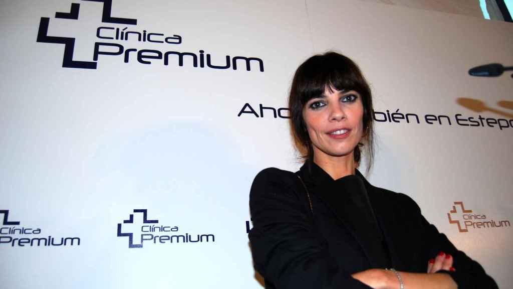 Maribel Verdu posa en su clinica Premium.