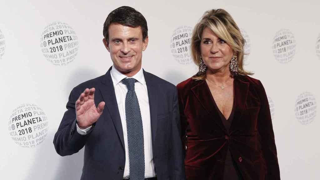 Manuel Valls y Susana Gallardo en los Premios Planeta.