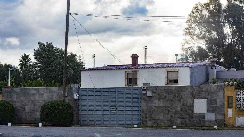 Exterior del chalet que sirve de casa de citas y donde se grabó el famoso videoclip con Isco.