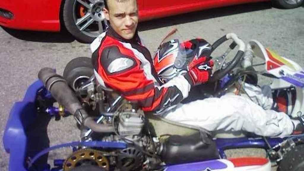 Durante un tiempo, Iván compitió en karts.