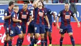 Charles celebra el primer gol del Eibar ante el Athletic