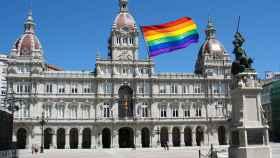 Bandera LGTBI en el Ayuntamiento de A Coruña.