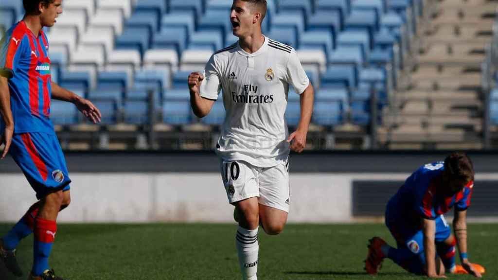 Miguel Baeza celebrando un gol