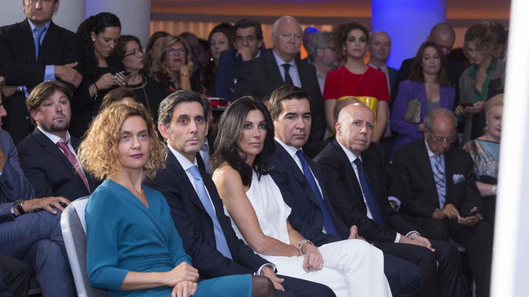 De izquierda a derecha: Meritxell Batet, ministra de Política Territorial y Función Pública; José María Álvarez-Pallete, presidente de Telefónica;  Eva Fernández, consejera delegada de EL ESPAÑOL; y Carlos Torres, consejero delegado del BBVA.
