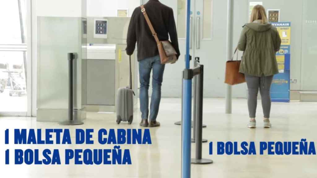 La posibilidad de acceder al avión con maleta solo es posible si pagas el embarque de prioridad.