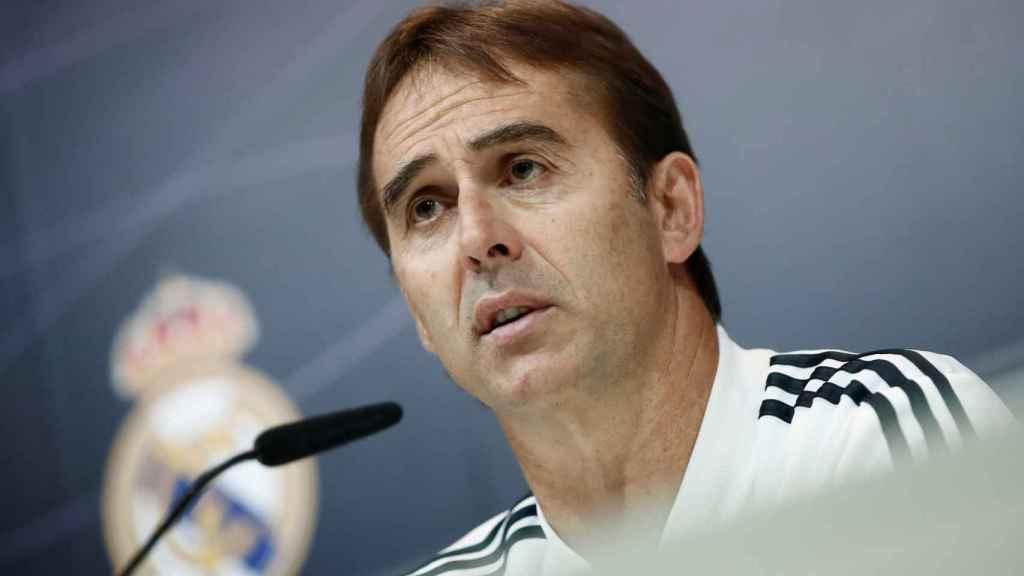 Julen Lopetegui en rueda de prensa con el Real Madrid