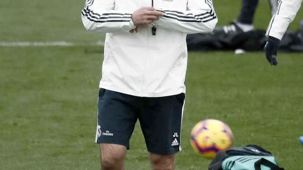 Lopetegui dirige un entrenamiento del Real Madrid