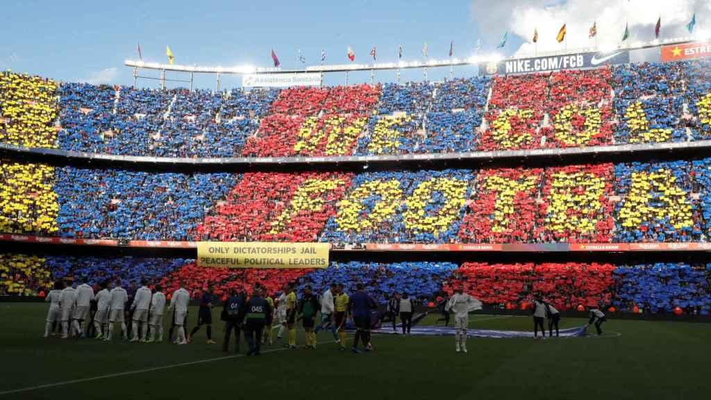 Mosaico previo a El Clásico en el Camp Nou