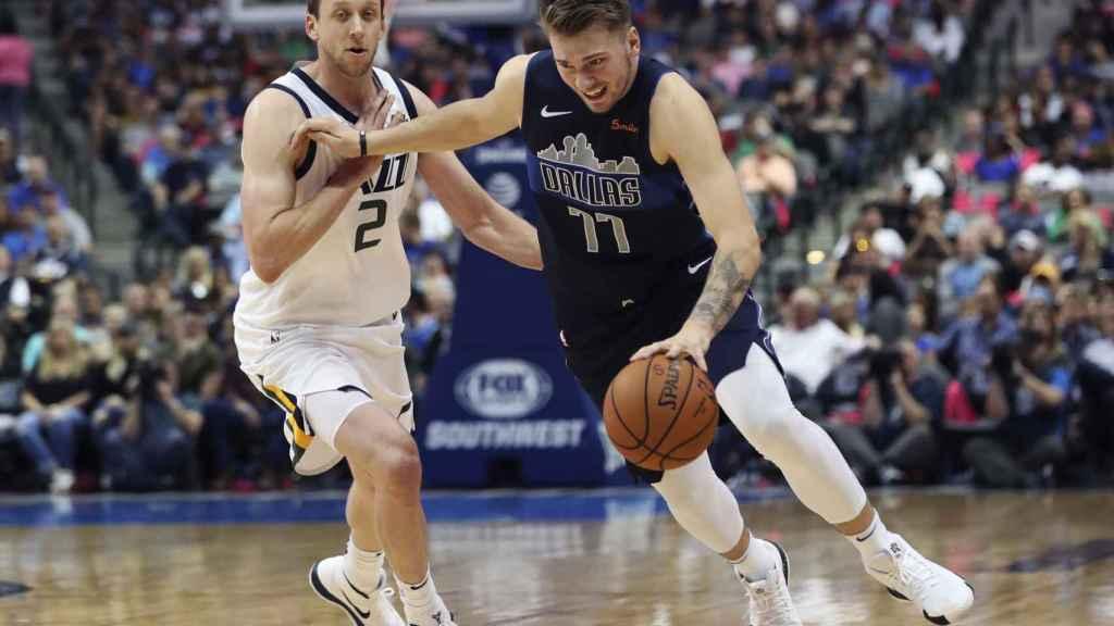 Luka Doncic ante los Utah Jazz