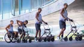 Uno de los parapléjicos que han conseguido andar gracias al implante.