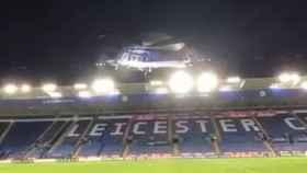 El helicóptero, segundos después de despegar.