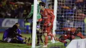El defensa del Real Madrid Álvaro Odriozola celebra su gol ante el Melilla