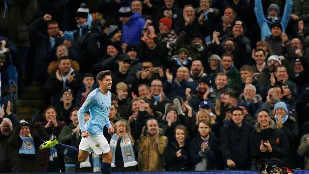 Brahim Díaz celebra un gol ante la afición del Manchester City