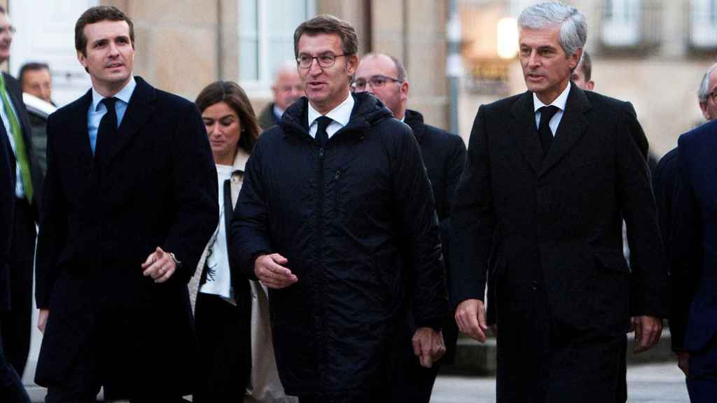 Pablo Casado, Alberto Núñez Feijóo y Adolfo Suárez Illana, entre los asistentes al funeral.