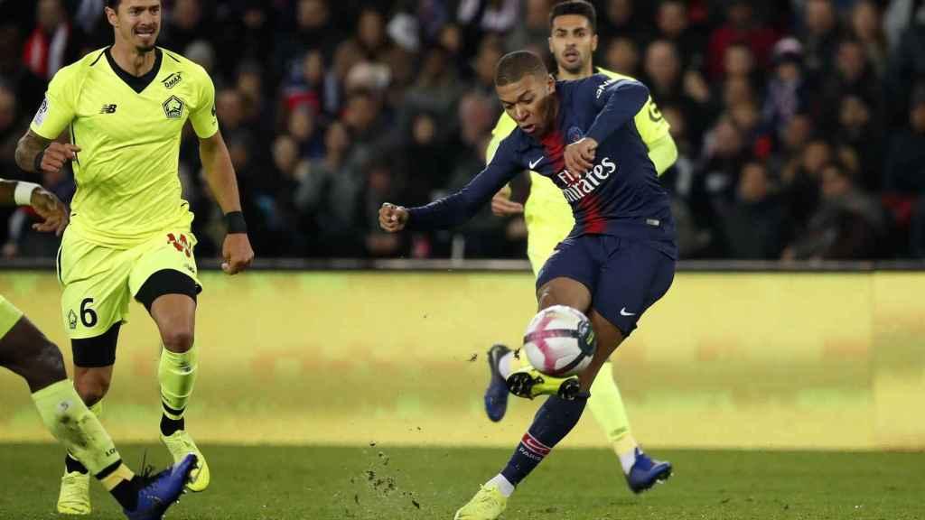 Mbappé frente al Lille