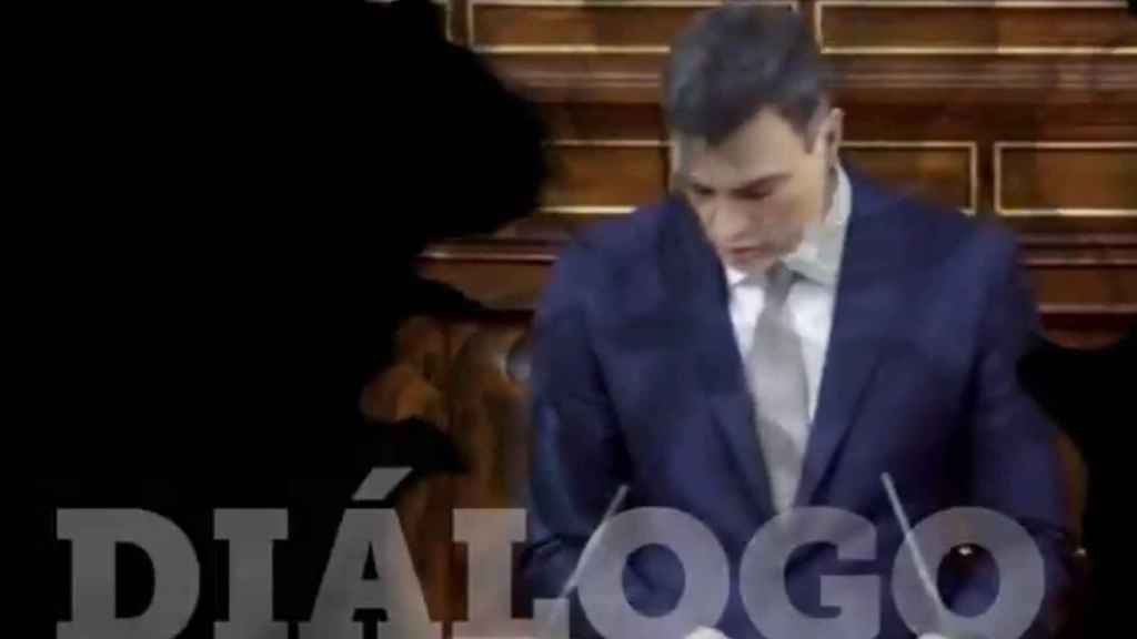 Pantallazo del vídeo difundido por Òmnium en redes sociales.