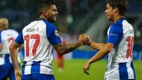 Dos jugadores del Oporto celebrando un gol. Foto: Instagram (@fcporto)