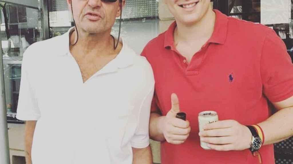 Alessandro Lequio y su hijo Álex en su viaje a Australia.