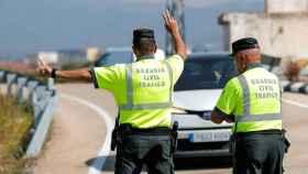 Imagen de archivo de guardias civiles de Tráfico.