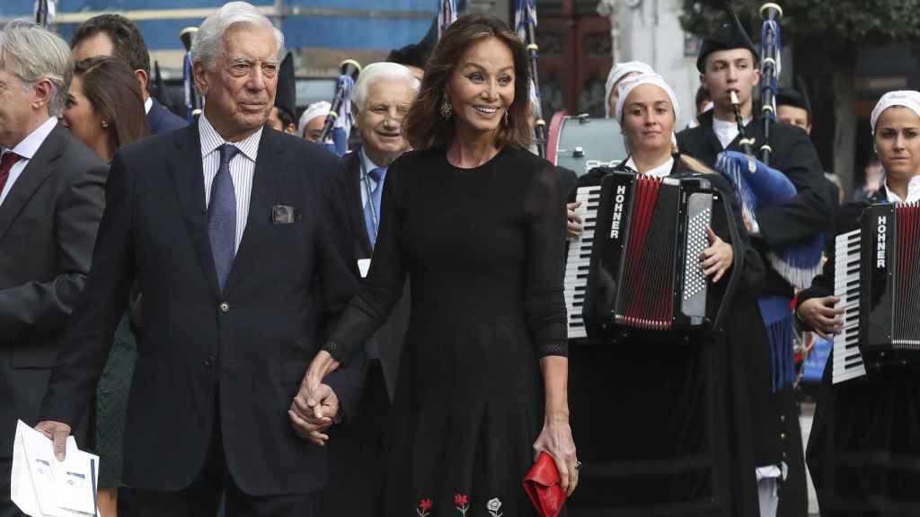Vargas Llosa y Preysler en los Premios Princesa de Asturias.