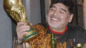 Maradona en una cena para recaudar fondos en apoyo a los damnificados en Sinaloa
