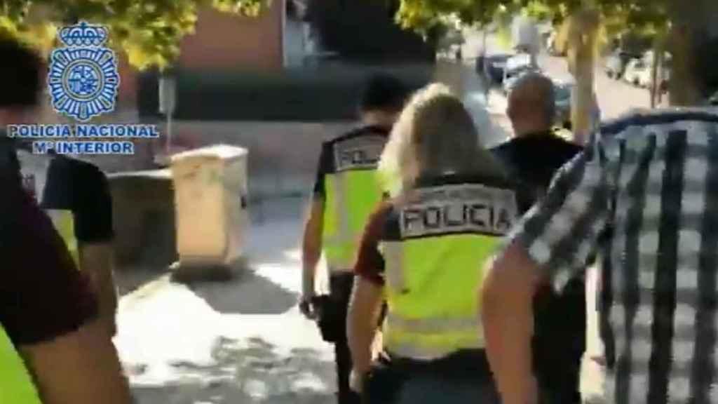 Momento de la detención en Móstoles.