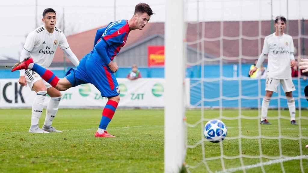 Gol del Viktoria Pilsen. Foto: Twitter (@fcviktorkaplzen)