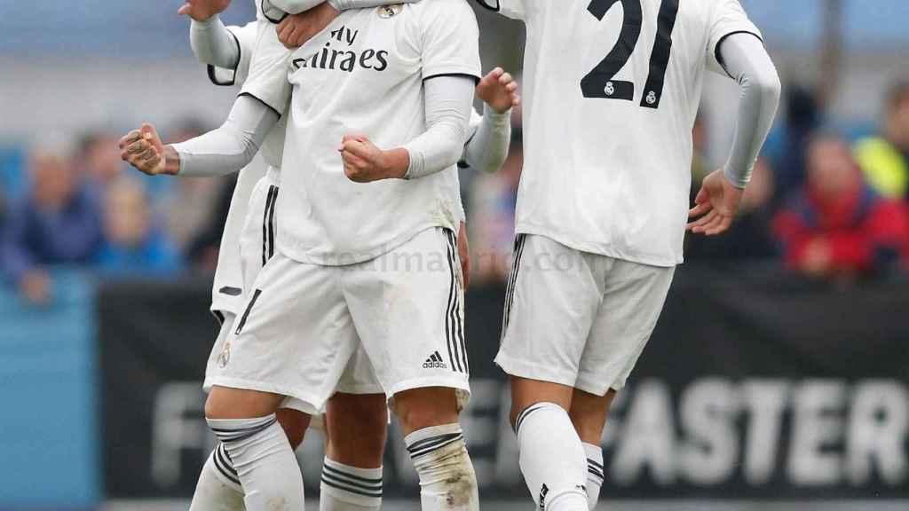 Rodrigo  celebrando el tanto de la victoria