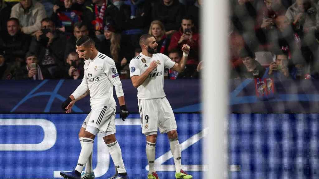 Karim Benzema, celebra un gol ante el Viktoria Pilsen