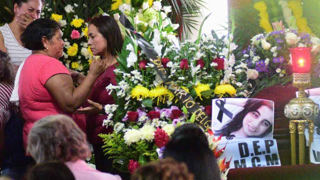 El funeral de Valeria