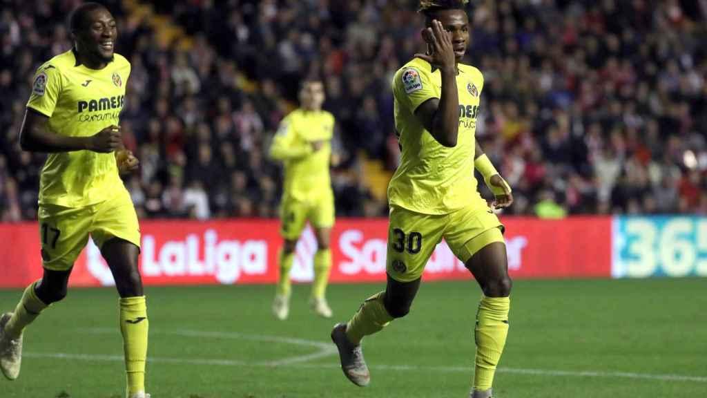 El Villarreal celebra el 0-1 de Chukweze.