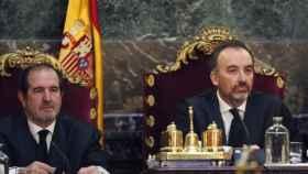 Martínez Arrieta, a la izquierda, en un juicio junto a Marchena./