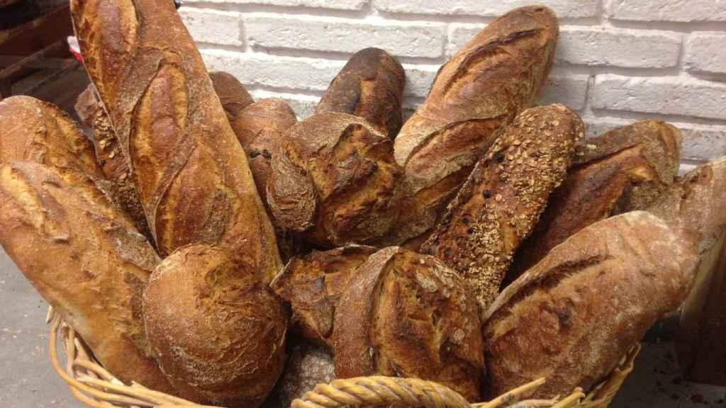 El pan tiene un elevado índice glucémico si es blanco.