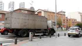 Muere una ciclista tras ser arrollada por un camión en Bilbao