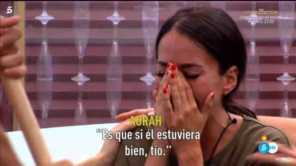 Aurah Ruiz llora al recordar a su hijo Nyan.