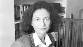 Eva Hoffman.