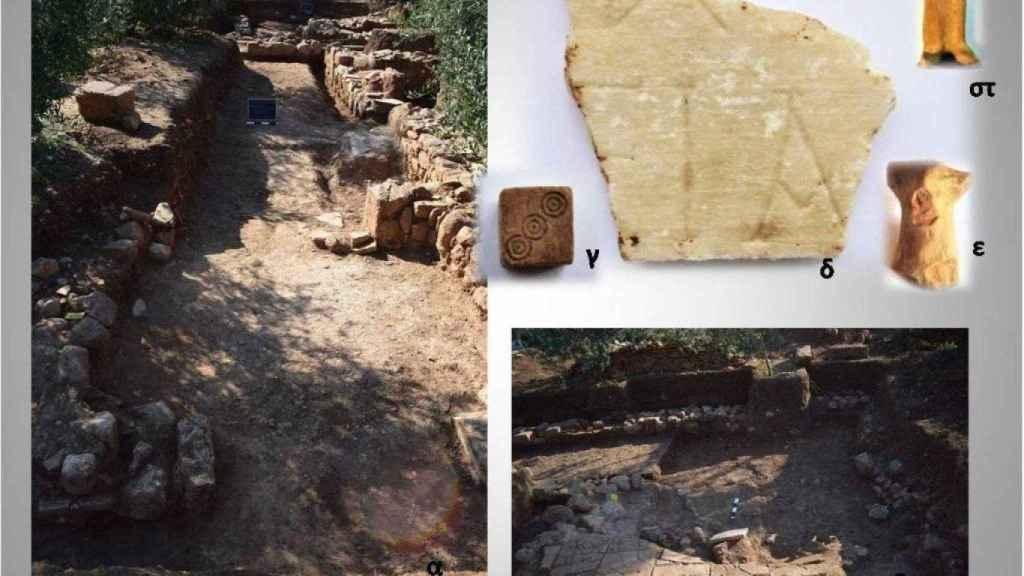 Detalles de la excavación donde se distinguen puertas de casas residenciales y suelos de arcilla, así como figuras decorativas de hueso y mármol.