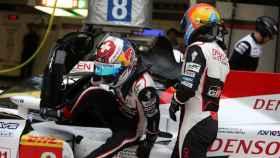 Alonso, con el coche de Toyota en el Mundial de Resistencia