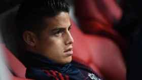 James Rodríguez, en el banquillo del Bayern Múnich