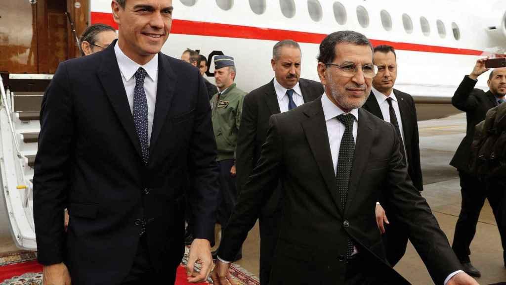 Pedro Sánchez junto al primer ministro marroquí, Saadeddine Othmani.