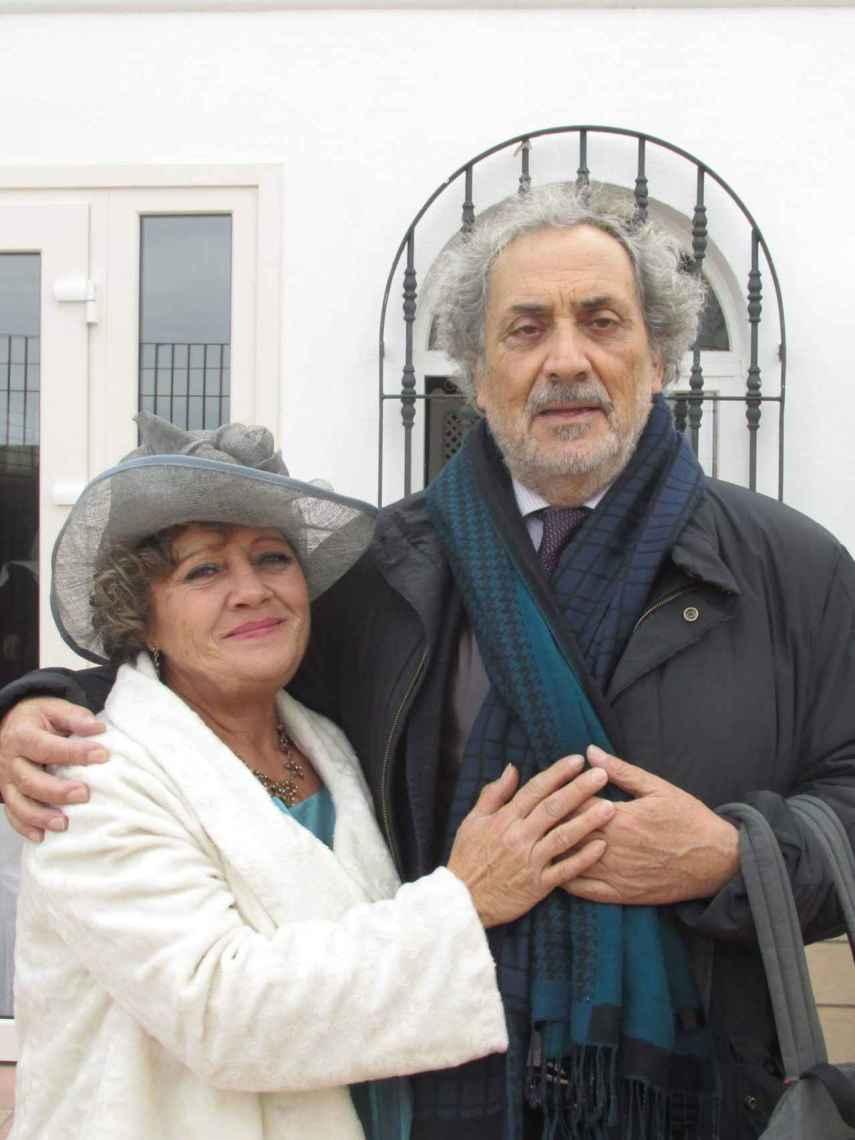 María Antonia junto a José Chamizo, el que fuera Defensor del Pueblo andaluz.