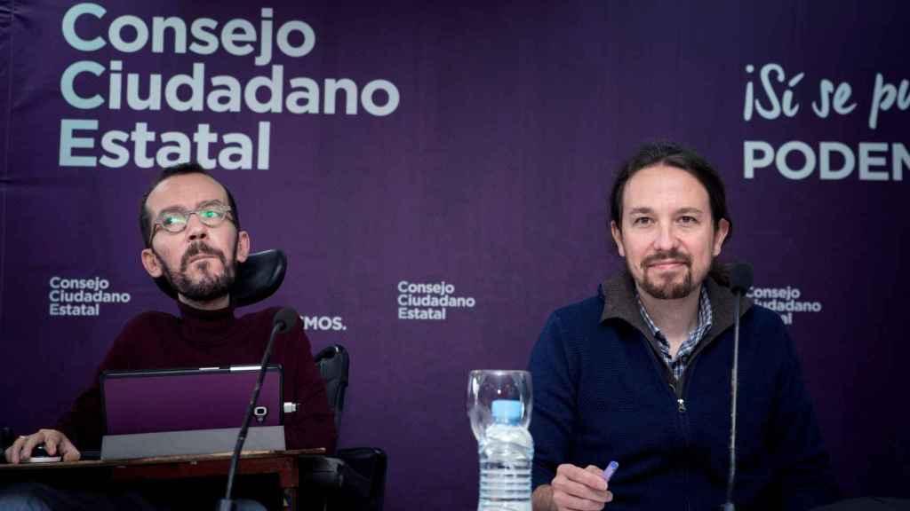 Pablo Echenique y Pablo Iglesias en el Consejo Ciudadano de Podemos.
