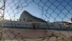 Gibraltar advierte a España que no le intimidará y acucia a May a defender su soberanía