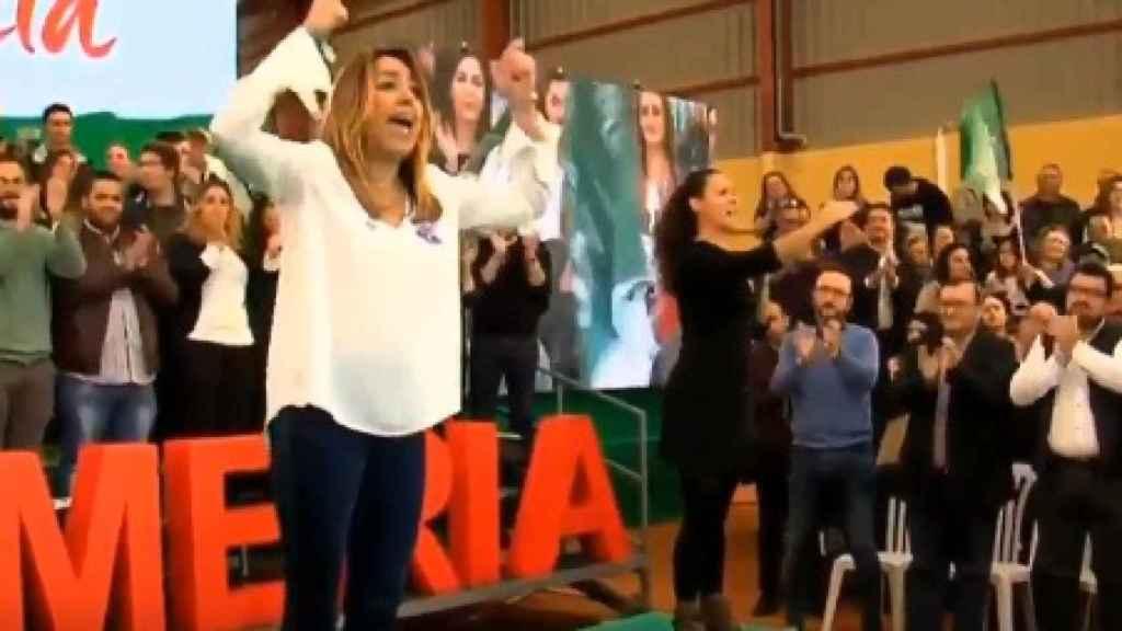 Susana Díaz durante el mitin en el que ha pronunciado las palabras adelante Andalucía