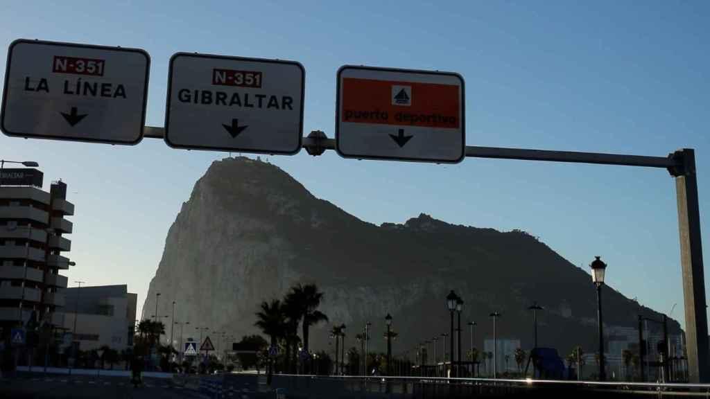 Tusk da por hecho un acuerdo con España sobre Gibraltar e inminente comparecencia de Sánchez