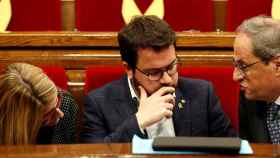 Torra, Aragonés y Artadi, en el Parlamento catalán./