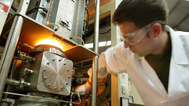 Investigador de uno de los centros tecnológicos de Fedit.