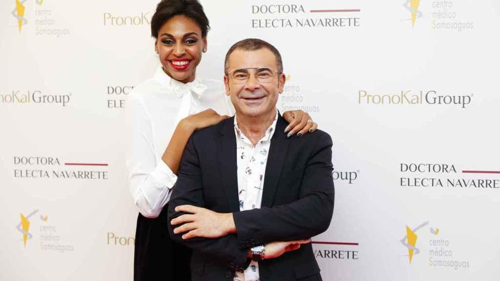 Jorge Javier Vázquez y la doctora Electa Navarrete.